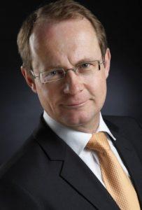 Dr. Klaus Drahten, Geschäftsführung der VELTINS EisArena